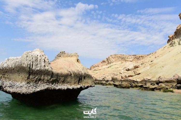 شنا در آبهای خلیج فارس