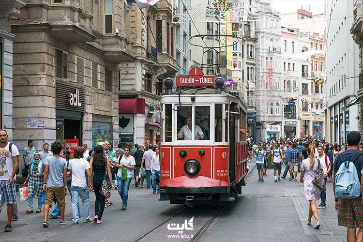 مراکز خرید خیابان استقلال میدان تقسیم استانبول