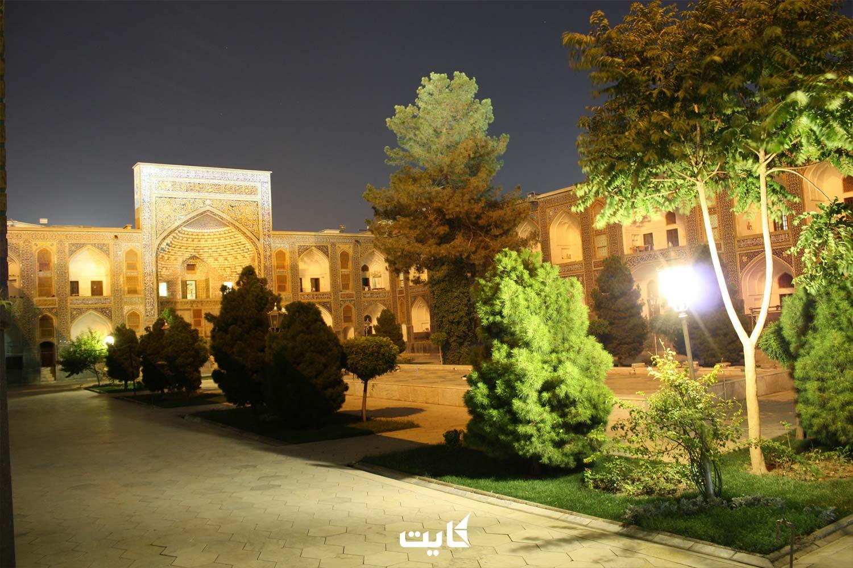 مدرسه میرزا جعفر در مشهد