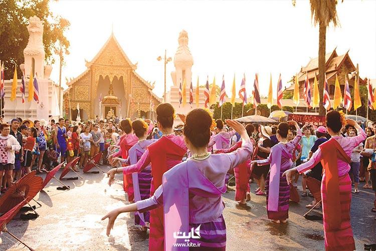 جشن آب تایلند در شهرهای سنتی