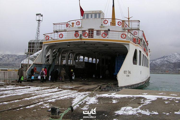 van-ships