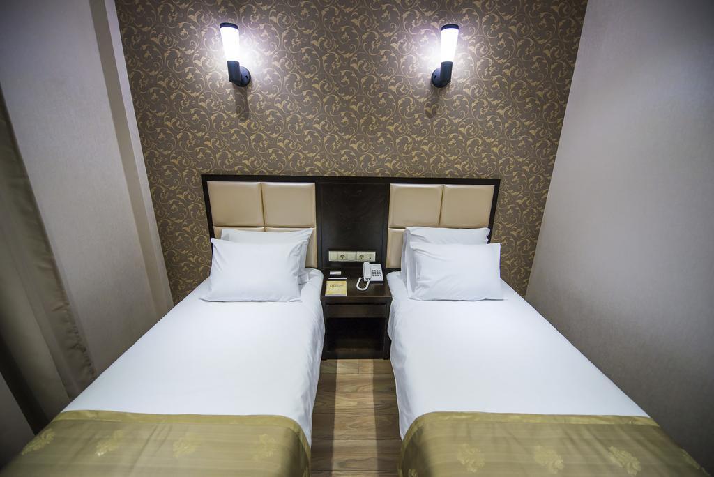 Tibilisi Inn hotel. double room