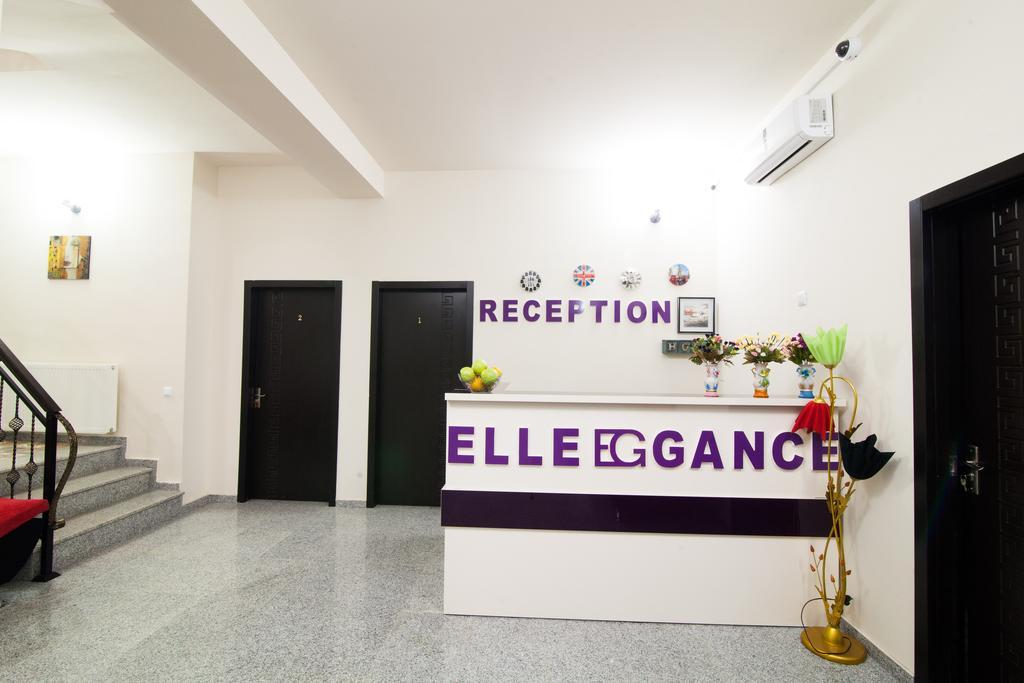 Elegance Hotel. Labi
