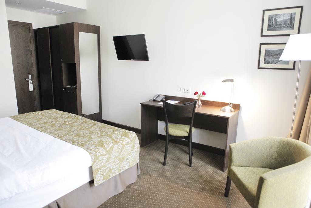 Citrus Hotel. Room