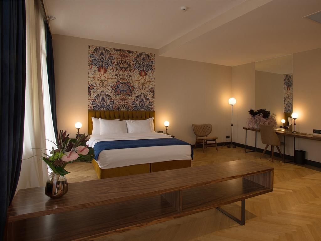 Meuseum Hotel