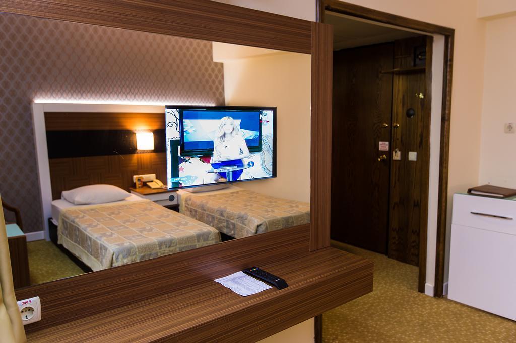 DERICI Hotel.room