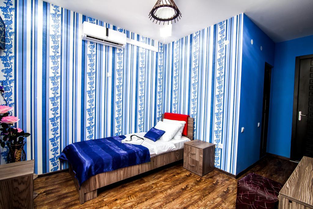 Elegance Hotel.single room