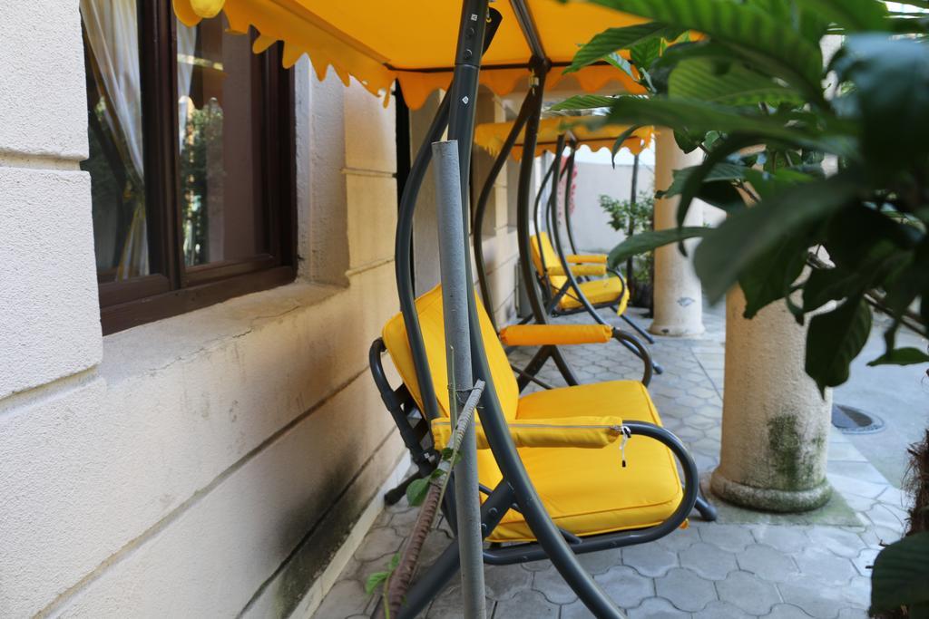 Dejavu Hotel.Out door