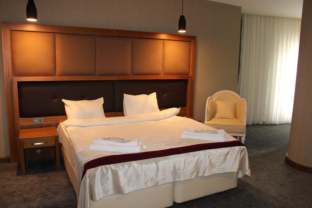 SKY HOTEL Hotel
