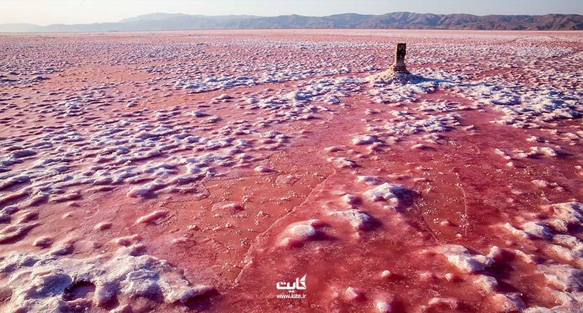 دریاچه مهارلو کجاست؟ راهنمای سفر به دریاچه سرخ استان فارس
